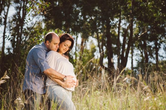 Sesión de fotos y reportaje de maternidad y embarazo en Finca de Osorio