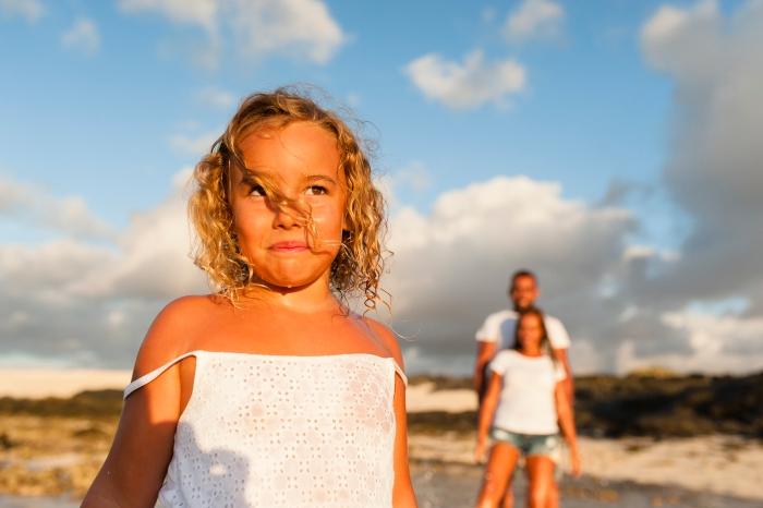 Fotografía de familia y sesión de fotos en el Cotillo Fuerteventura