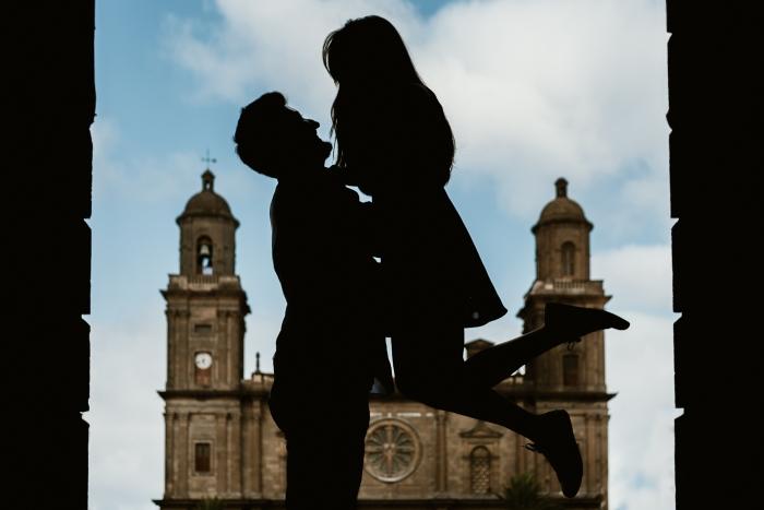 Fotógrafo de preboda en Las Palmas en Plaza Santa Ana